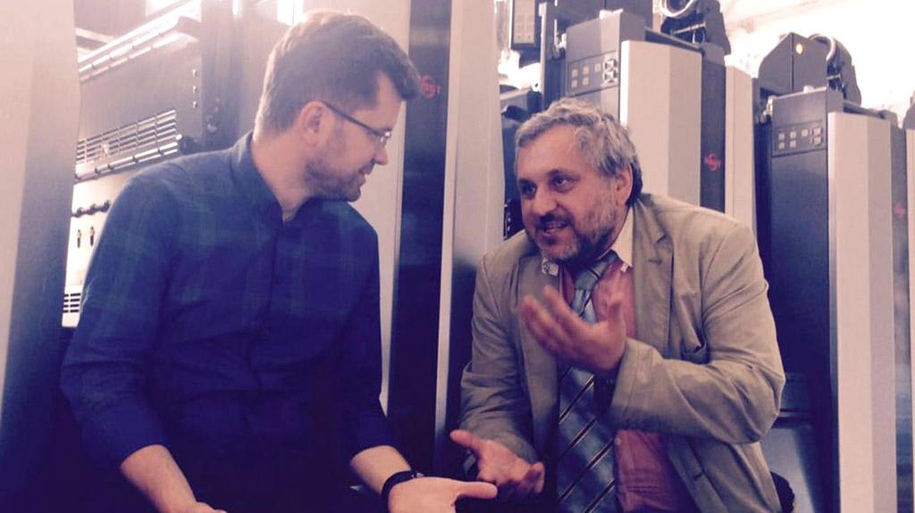 Стефан Валуйский («Терра Системы») и Максим Румянцев (типография «Любавич») уверены в перспективах УФ-офсета, RMGT и AMS.