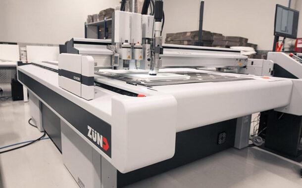Режущий плоттер Zünd G3 на производстве ГК ISBC