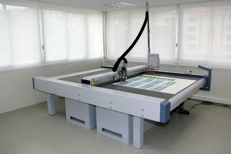 Прекращение технической поддержки режущих плоттеров Zünd серии PN