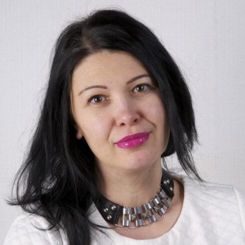 Лиана Викулова, Адекватные люди